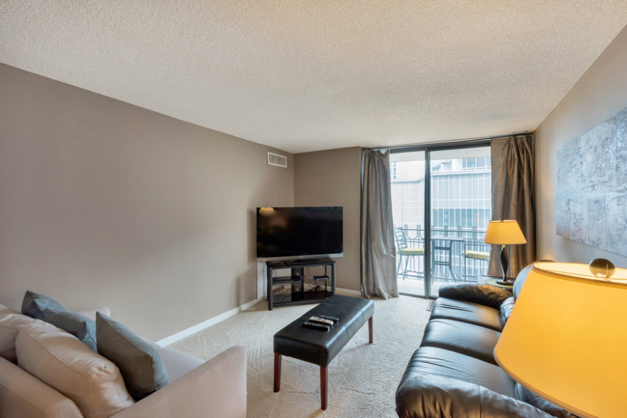 1020 15th St, #15D, Denver, Colorado 80202, 1 Bedroom Bedrooms, ,1 BathroomBathrooms,Condo,Furnished,Brooks Tower,15th,15,1439